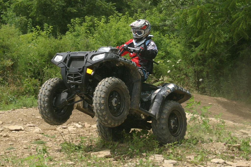 Квадроцикл Polaris Sportsman XP EPS 850 EFI: комфорт и управляемость